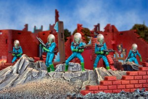 GARPA-29-Mars-Attacks-Minis
